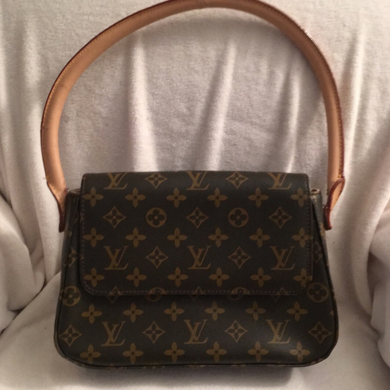 3 Mistakes To Avoid When Buying Used Louis Vuitton Handbags